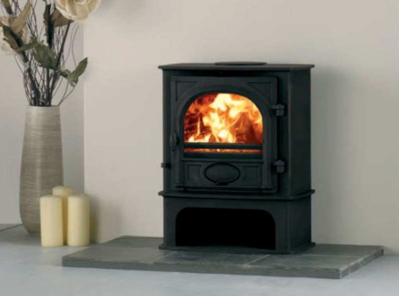 Stockton 5 Midline stove in Headley Down (brochure image)