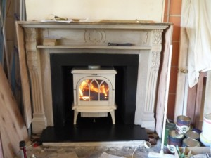 Ivory Huntingdon Stove by Stovax in hallway