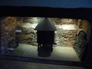 Jotul Stove installed in Inglenook in Cranfield