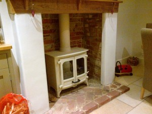 Charnwood Island II stove in Almond woodburning