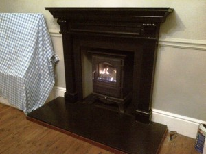 Chesneys Belgravia gas stove with remote control