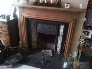 Stovax Stockton 5 Stove: The original mantel before