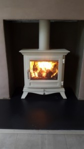 Chesneys 5kw Beaumont stove in Ivory