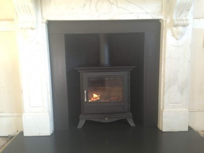 Chesneys Beaumont stove in black 5kw installed