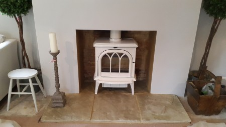 Stovax Huntingdon 35 in Ivory installed